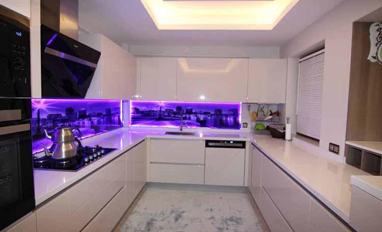 کابینت آشپزخانه های گلاس سفید
