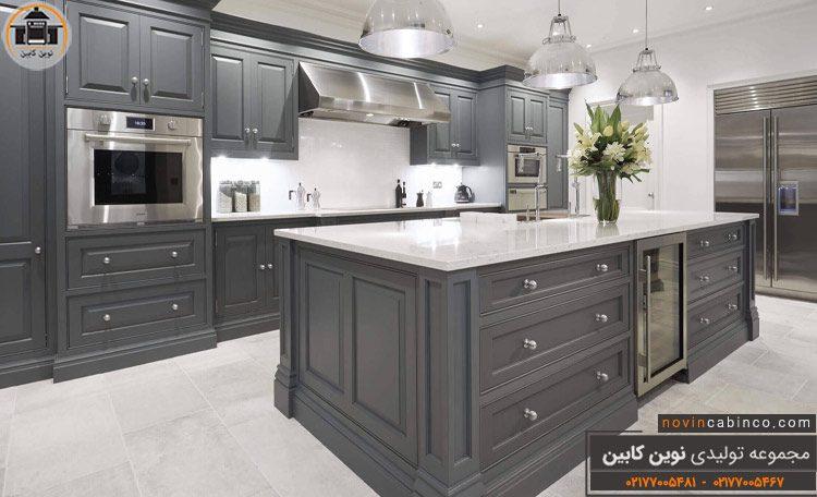 عکس کابینت آشپزخانه نئوکلاسیک خاکستری