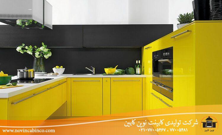 ترکیب رنگ کابینت دو رنگ سفید زرد